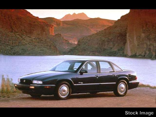 1995 Buick Regal Custom Sedan