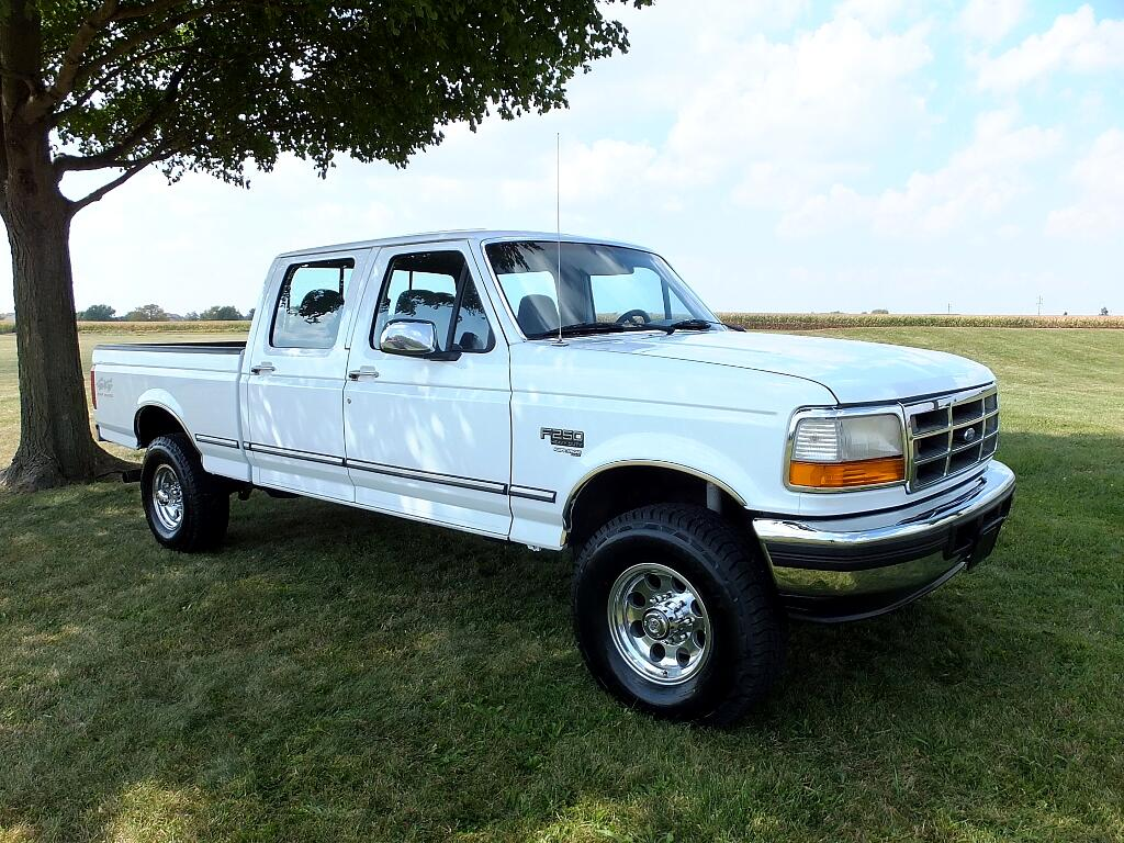 1997 Ford F-250 XL HD Crew Cab 4WD