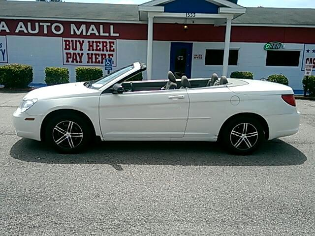 2008 Chrysler Sebring Visit Carolina Auto Mall online at wwwcarolinaautomallnet to see more pictur