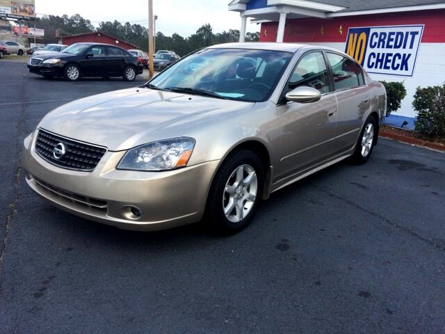 2005 Nissan Altima Visit Carolina Auto Mall online at wwwcarolinaautomallnet to see more pictures