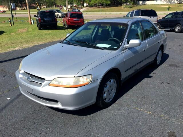 2000 Honda Accord Visit Carolina Auto Mall online at wwwcarolinaautomallnet to see more pictures