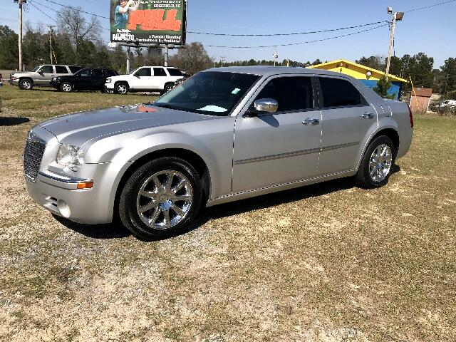 2010 Chrysler 300 Visit Carolina Auto Mall online at wwwcarolinaautomallnet to see more pictures