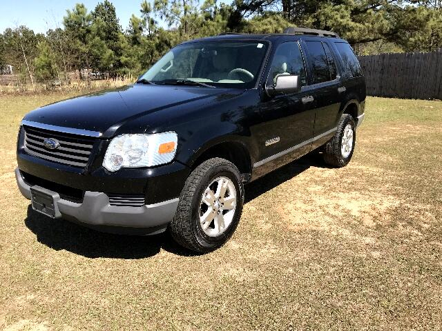 2006 Ford Explorer Visit Carolina Auto Mall online at wwwcarolinaautomallnet to see more pictures