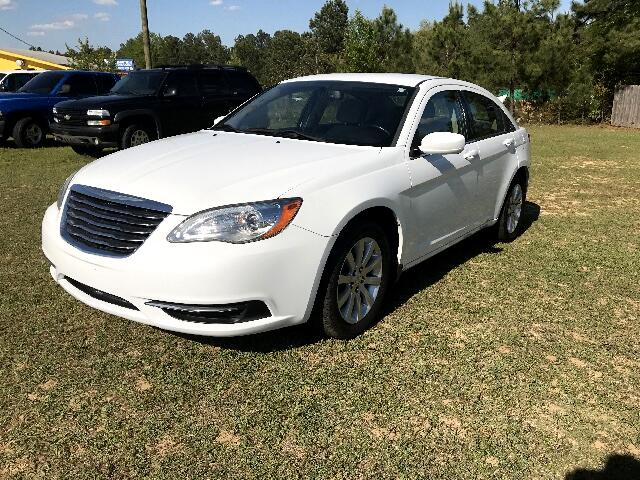 2012 Chrysler 200 Visit Carolina Auto Mall online at wwwcarolinaautomallnet to see more pictures