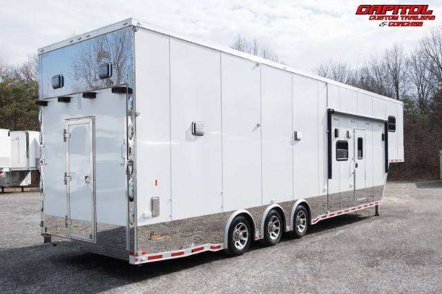2016 Intech Trailers Custom 40ft Living Quarters Stacker Trailer