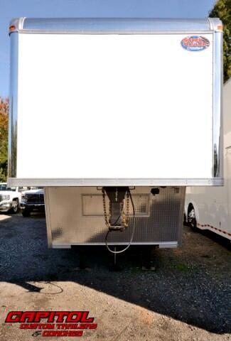 2017 United Trailers Gooseneck CUSTOM