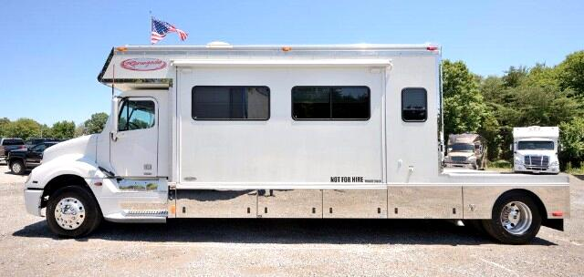 2005 Renegade Toterhome 17FT BOX 12FT SLIDE