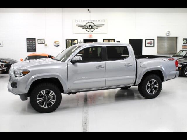 2017 Toyota Tacoma 4WD Double Cab V6 AT (Natl)