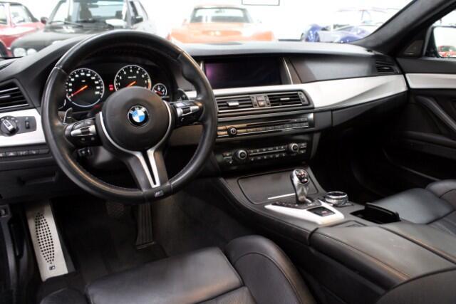 2014 BMW M5 Sedan