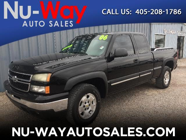2006 Chevrolet Silverado 1500 Z71 Ext. Cab Short Bed 4WD