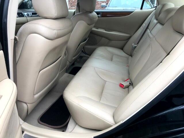 2005 Lexus ES 330 Sedan
