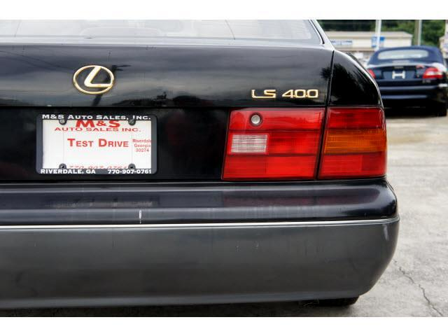 1997 Lexus LS 400 Base