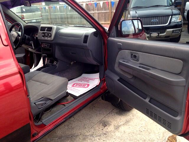 2001 Nissan Frontier SE Crew Cab 2WD w/leather