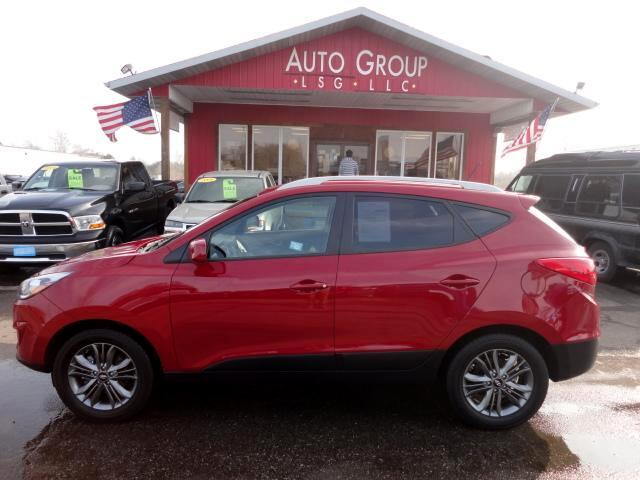 2015 Hyundai Tucson AWD Backup Camera Leather Seats XM Ready We proudly display our stylishly upda