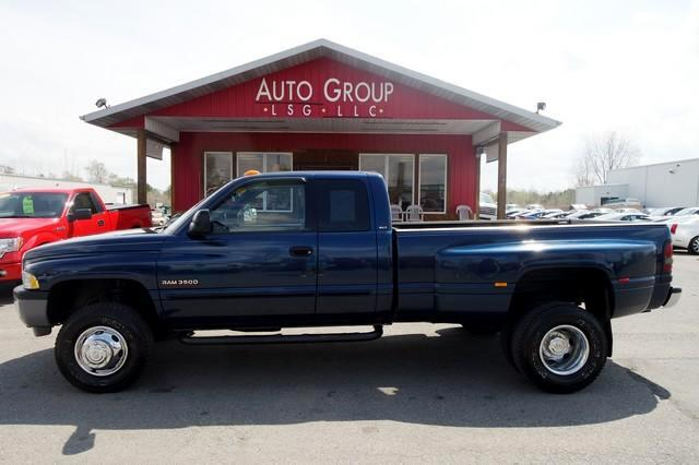 2002 Dodge Ram 3500 Tow Brake Tow Package If you think big and dually are characteristics that pre