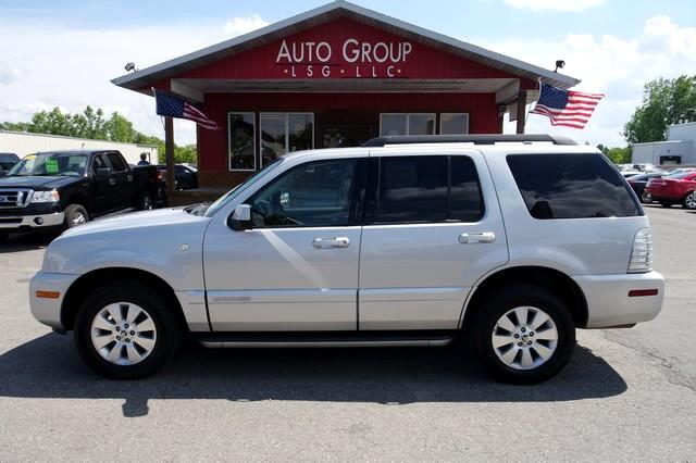 2010 Mercury Mountaineer One SUV that can get the job done and do it with a huge amount of style is