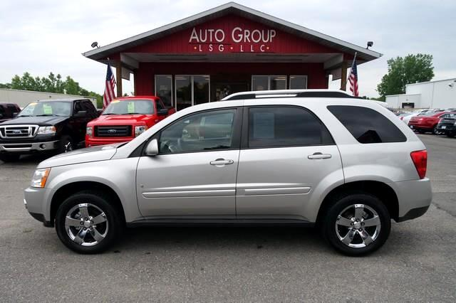 2008 Pontiac Torrent Luggage Rack This is Pontiac s version of the SUV - this Torrent is still a c