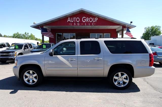 2007 Chevrolet Suburban Eight passenger seating never looked so good The Chevy Suburban has been t