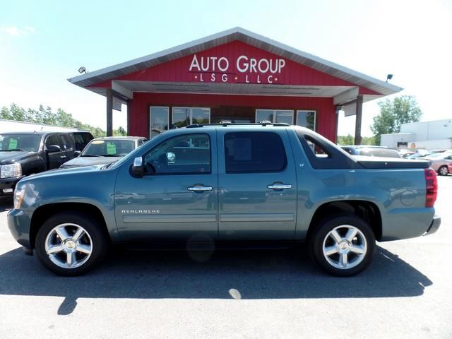 2010 Chevrolet Avalanche Heated Leather Seats Bose Audio Luggage Rack Tow Package MVP - Most Versa