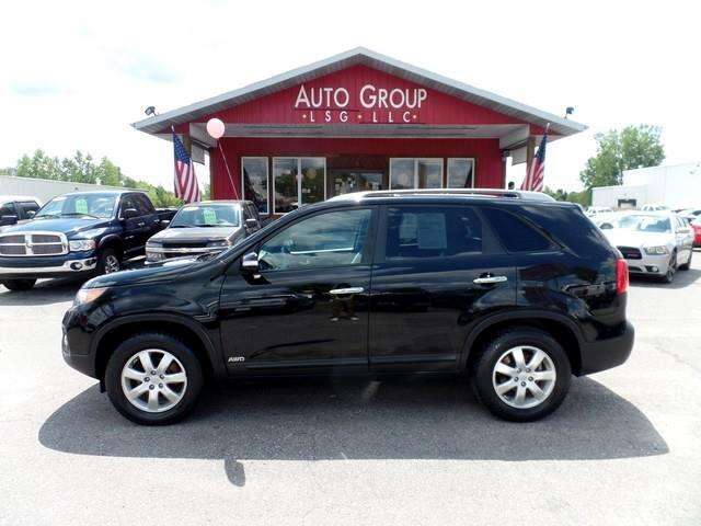 2011 Kia Sorento Our 2011 Kia Sorento LX is a slick-looking powerful hauler with good marks from ow