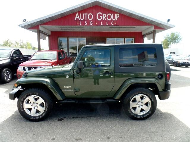 2009 Jeep Wrangler Our 09 Sahara is an absolute force to be reckoned with on the road and more fitt