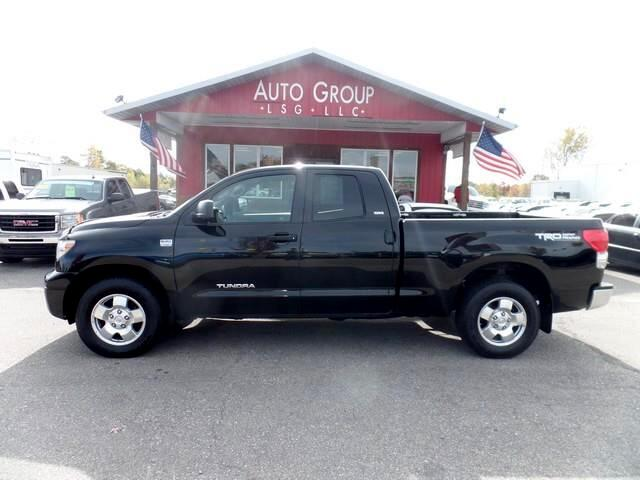 2008 Toyota Tundra Our 2008 Toyota Tundra 4x4 Double Cab is a full-size pickup in every sense of th