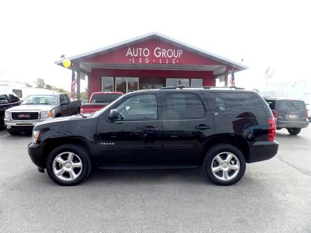 2010 Chevrolet Tahoe Roomy and comfortable muscular and suave the 2010 Chevrolet Tahoe is arguably