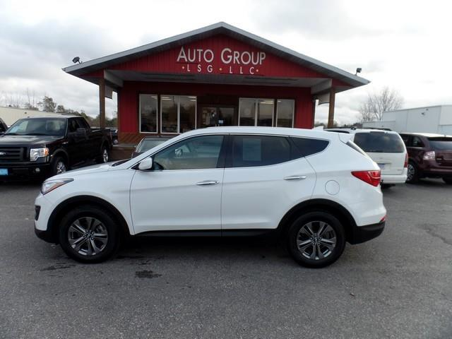 2015 Hyundai Santa Fe Capable comfortable and substantial our 2015 Hyundai Santa Fe Sport All Wheel
