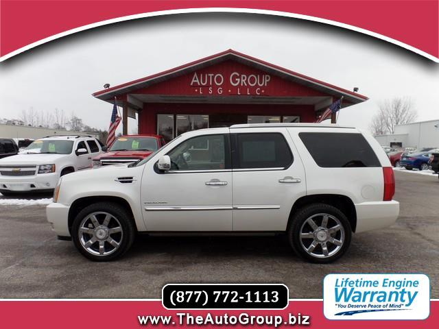 2011 Cadillac Escalade Imposing luxurious and powerful this 2011 Cadillac Escalade represents one o