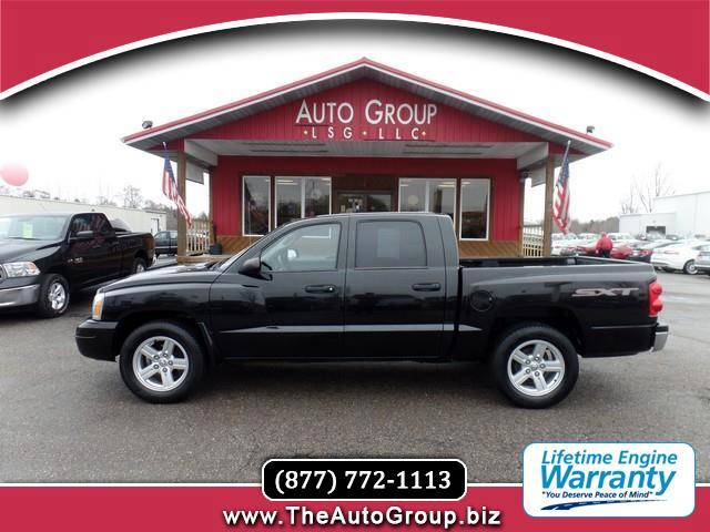 2007 Dodge Dakota Our 2007 Dakota Crew Cab is the Robust and Reliable SLT Edition is loaded with co