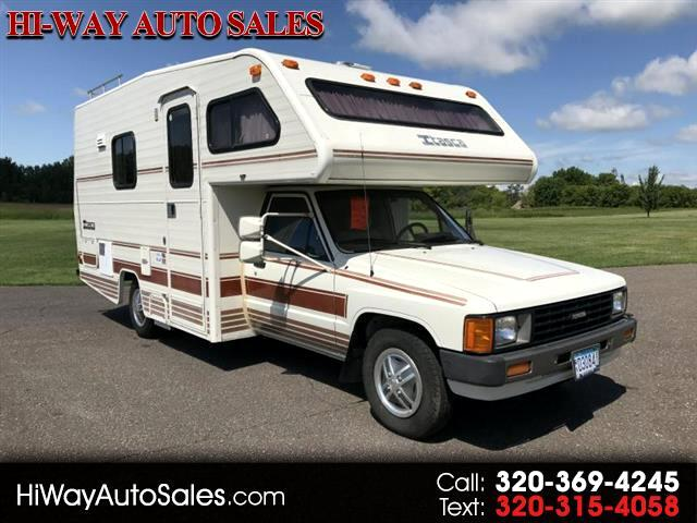 1987 Toyota Pickup Deluxe Reg. Cab 2WD