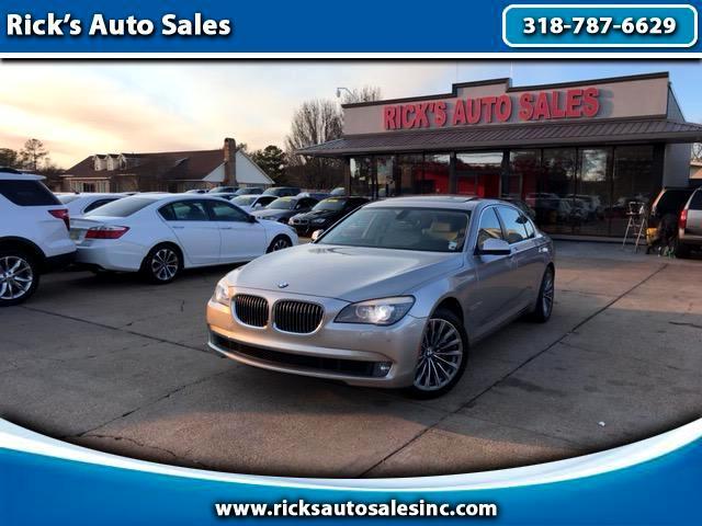2011 BMW 740Li Base