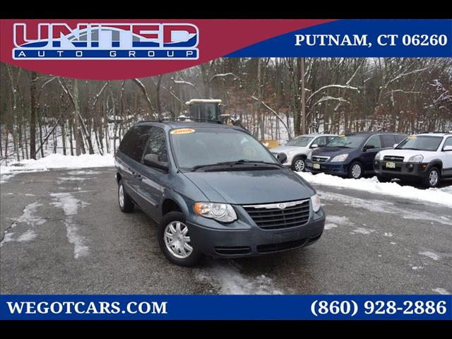 2006 Chrysler Town & Country 4dr Touring