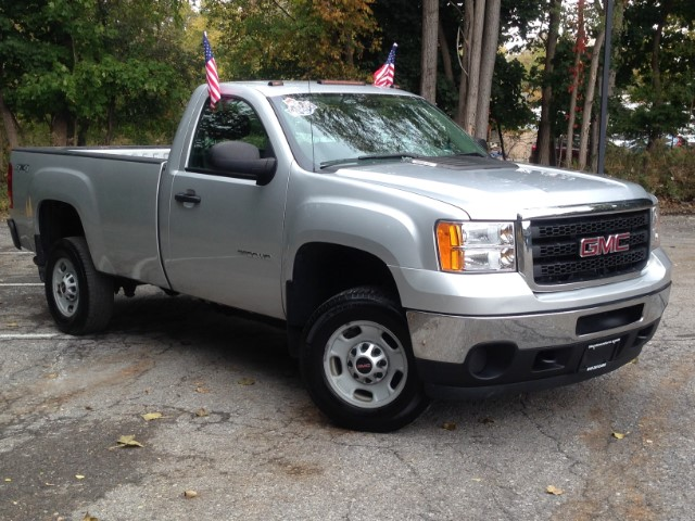 2014 GMC Sierra 2500HD Work Truck Long Box 4WD