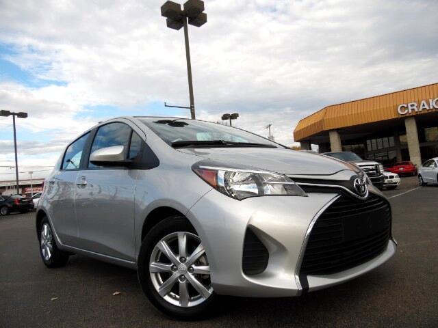 2015 Toyota Yaris LE 5-Door AT