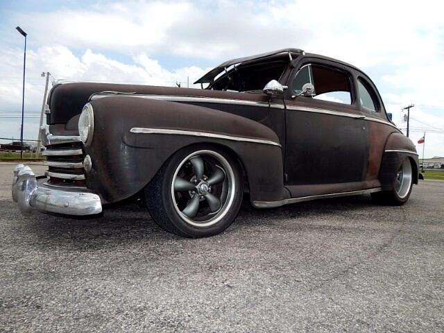 1948 Ford DELUXE COUPE Street Rod