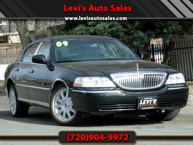 2009 Lincoln Town Car DEAR VALUED CUSTOMER PLEASE TAKE A MOMMENT TO LOOK AT THIS VEHICLE DETAILSPIC