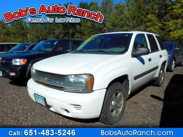 used 2005 chevrolet trailblazer ls 4wd for sale in lino lakes mn 55014 bobs auto ranch. Black Bedroom Furniture Sets. Home Design Ideas