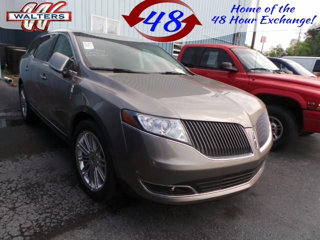 2016 Lincoln MKT 3.5L with EcoBoost AWD