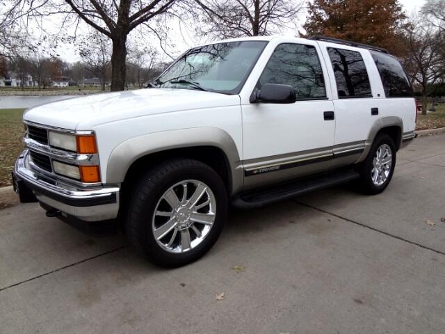 1999 Chevrolet Tahoe 4dr 1500 4WD LT
