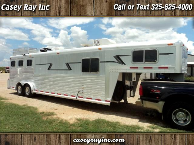 2002 C & C Trailers Livestock Trailer 3 Horse slant with Living Quarters