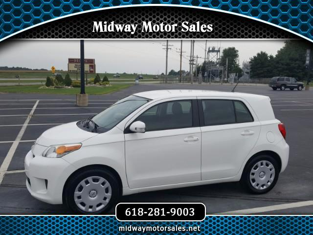 2010 Scion xD 5-Door Hatchback 5-Spd MT