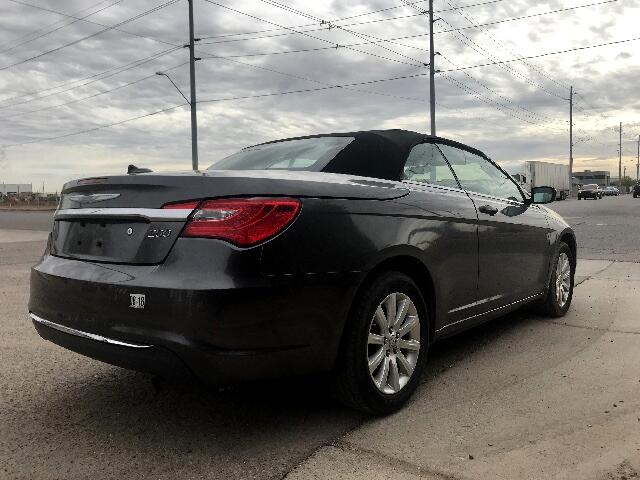 2014 Chrysler 200 Touring Convertible