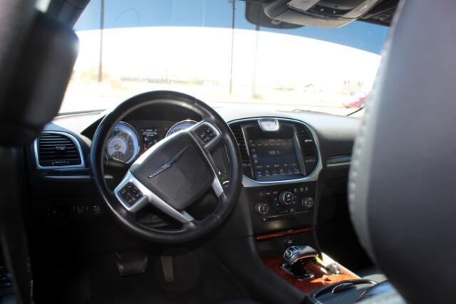 2012 Chrysler 300 Limited RWD