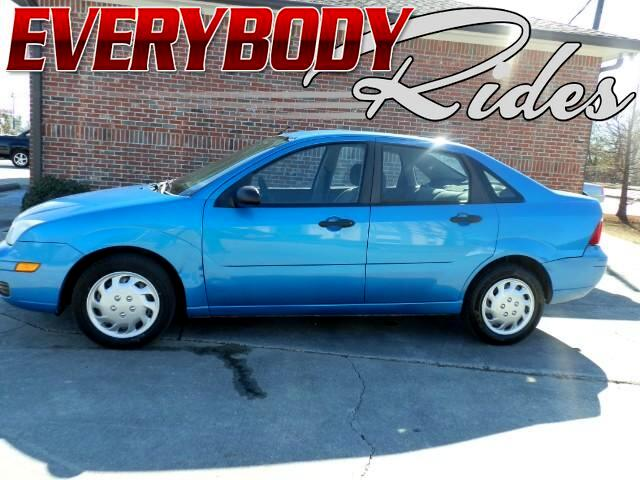 2007 Ford Focus Visit Everybody Rides 2 online at wwweverybodyrides1com to see more pictures of t