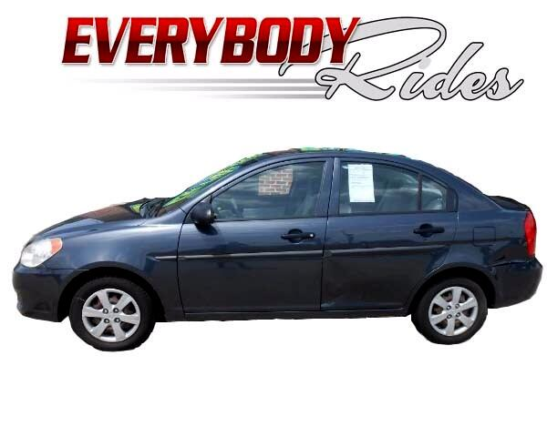 2009 Hyundai Accent Visit Everybody Rides 2 online at wwweverybodyrides1com to see more pictures