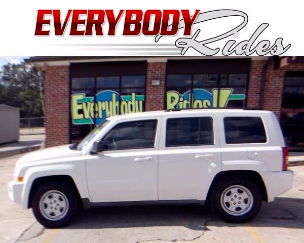 2010 Jeep Patriot Visit Everybody Rides 2 online at wwweverybodyrides1com to see more pictures of