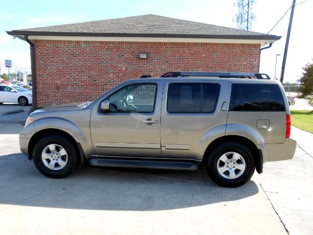 2006 Nissan Pathfinder Visit Everybody Rides 2 online at wwweverybodyrides1com to see more pictur
