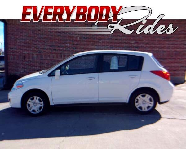 2012 Nissan Versa Visit Everybody Rides 2 online at wwweverybodyrides1com to see more pictures of