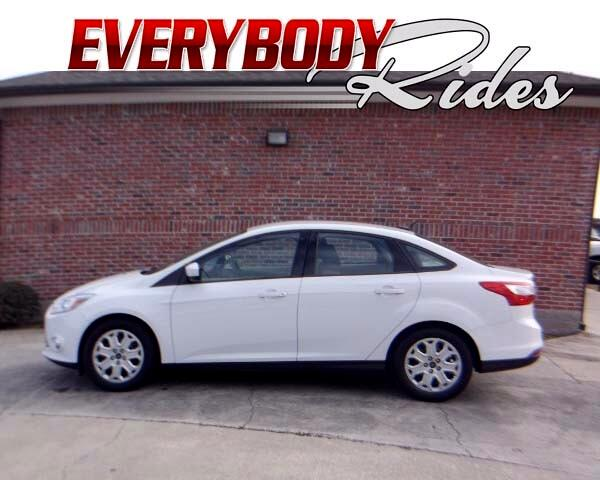 2012 Ford Focus Visit Everybody Rides 2 online at wwweverybodyrides1com to see more pictures of t